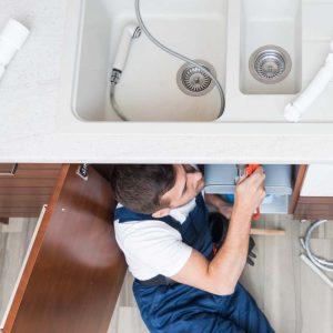 Comment remplacer un lavabo ?